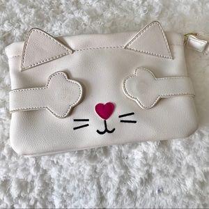 ❇️Bundle 4best $❇️ Betsey Johnson purse kitty